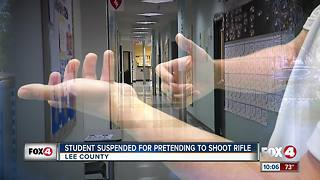 Student suspended for imitating gun with his hands in school