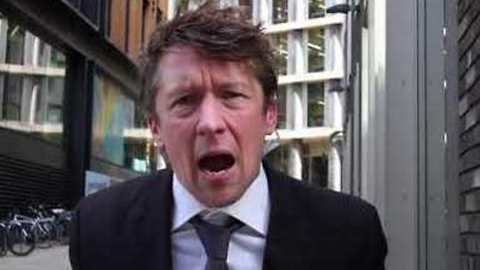 'It Ain't F***ing Normal' - Jonathan Pie Reacts to Florida School Shooting
