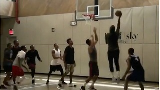 Carmelo Anthony Practices with the Trail Blazers - Video