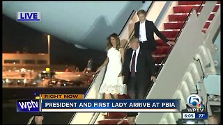 President Trump arrives in Palm Beach County for Thanksgiving - Video