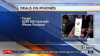 Deals on iPhones on Black Friday - Video