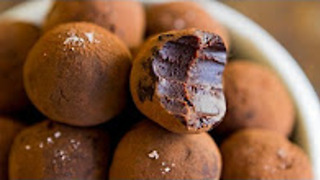 Salted caramel whisky chocolate truffles recipe - Hot chocolate hits - Video
