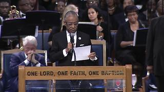 Rev. Al Sharpton reads letter from Obama at Aretha Franklin's funeral