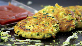 Zucchini fritters: tasty and incredibly fast - Video
