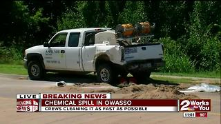 Crews cleaning up chemical spill in Owasso - Video