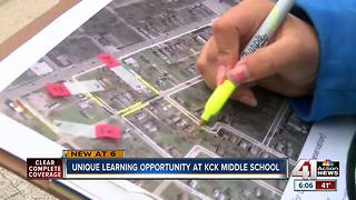 Middle schoolers conduct neighborhood audit to better community - Video