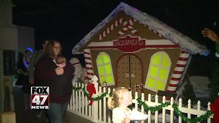 Jackson event gives look into Santa's world - Video