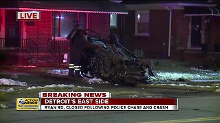 2 suspects hospitalized after police chase results in rollover crash in Detroit