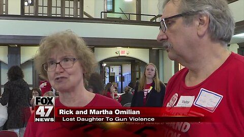 """""""Moms Demand Action"""" group meets with lawmakers about gun-safety bills"""