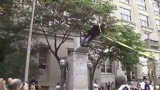 Protesters in Durham topple Confederate statue - Video