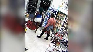 Two women caught on camera stealing $1,000 worth of alcohol from Clearwater liquor store - Video