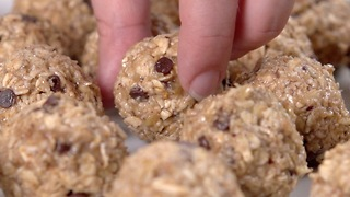 Banana Oat Energy Bites - Video