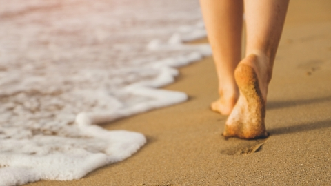 How to Prevent Burning Feet While Walking on a Hot Sandy Beach