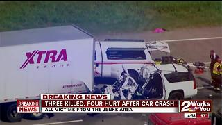 Three killed, Four Injured after horrific crash - Video