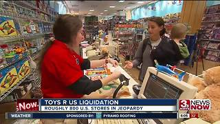 Toys R Us trouble - Video