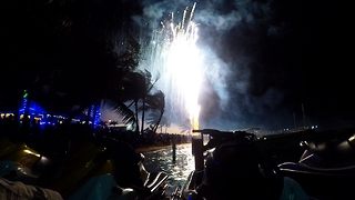 The most spectacular fireworks show in Central America - Video