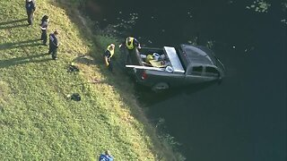 CHOPPER 5: Truck crashes into Wellington canal