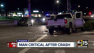 Man in critical condition after crash in Phoenix - Video