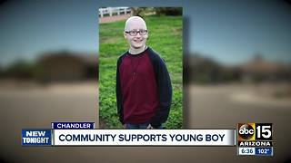 Neighborhood rallies behind young boy battling cancer