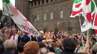 Democratic Party rallies in Turin in support of President Sergio Mattarella - Video