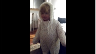 Baby girl's snowsuit dance has surprise ending - Video