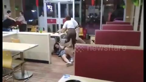 Man attacks women with chair after brutal fight breaks out in restaurant