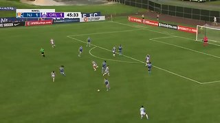 Aussie Sam Kerr Scores Audacious Bicycle Kick in the National Women's Soccer League - Video