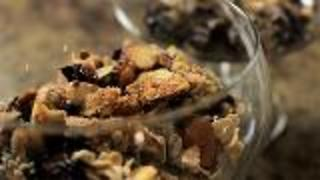 Fruit Crumble - Video