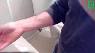Bathtub drain going down too slowly? Do this! - Video