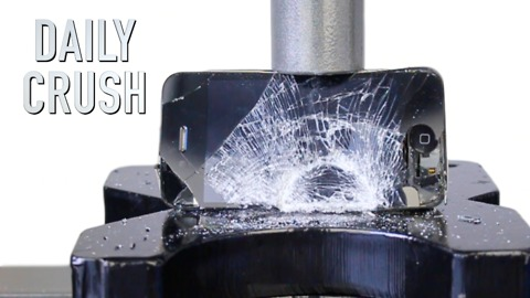 Crushing an iPhone with a hydraulic press