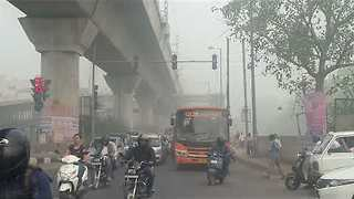 Authorities Declare Public Health Emergency in Delhi Due to 'Severe' Pollution Levels - Video