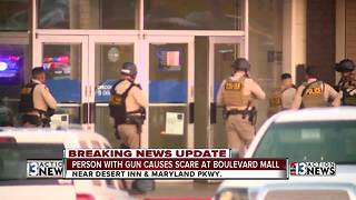 Person with gun causes scare at Las Vegas Mall