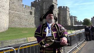 Windsor's town crier officially announces royal wedding