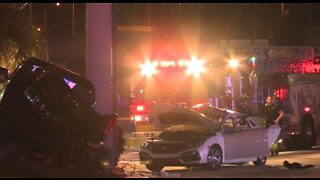 Fatal crash shuts down intersection in West Palm Beach