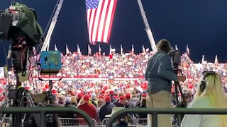 """Crowd Chants """"Fight For Trump"""" at First Post-election Trump Rally in Georgia"""