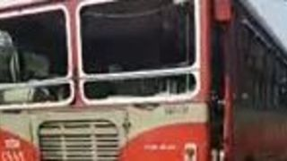 Bus Windows Smashed as Dalit Protests Cause Travel Disruption in Mumbai - Video