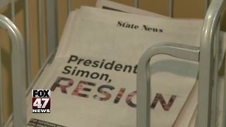 Students, lawmakers calls for President Simon to resign - Video