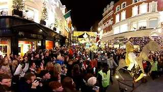 Grafton Street Lights Up for Christmas in Dublin City - Video