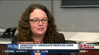 Democratic candidates face-off in primary debate - Video