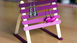 10 creative DIY earring holder ideas  - Video