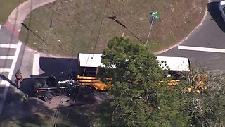 1 killed, 6 students injured after pick-up crashes into school bus in Hernando County