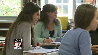 Survey says parents want later start to school days - Video