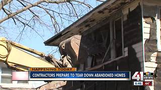 KC continues to demolish vacant, dangerous homes - Video