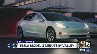 Tesla's new model unveiled in Scottsdale - Video