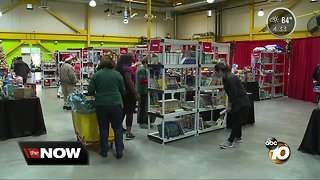 Salvation Army gives back to children for Christmas - Video