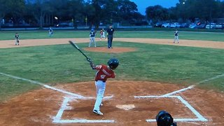 One-armed 8-year-old stuns crowd by hitting back-to-back home runs in first two little league games - Video