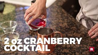 How to make a cranberry Moscow Mule with Elissa the Mom | Rare Life - Video
