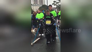 Paralysed fundraiser Claire Lomas completes Great South Run - Video