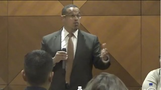 Keith Ellison Just Compared Illegal Aliens To the Jews In Nazi Germany - Video