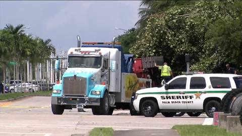 Two dead in suburban Boynton Beach crash